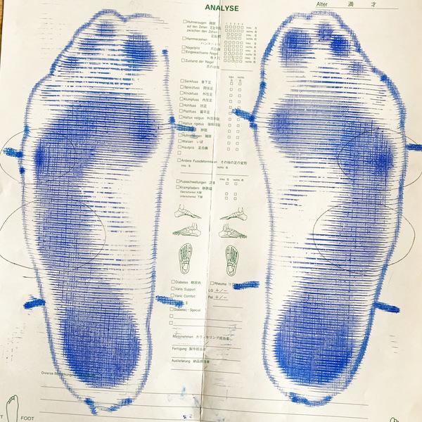 足型9のサムネイル