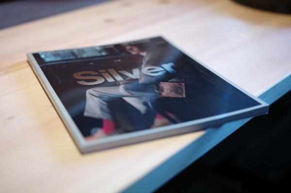 Silver magazine.        comoli コモリ 小森啓二郎